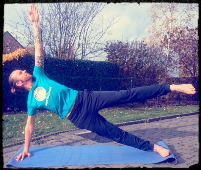 Steven Deschuyteneer Yoga ontdek jezelf Yoga 1
