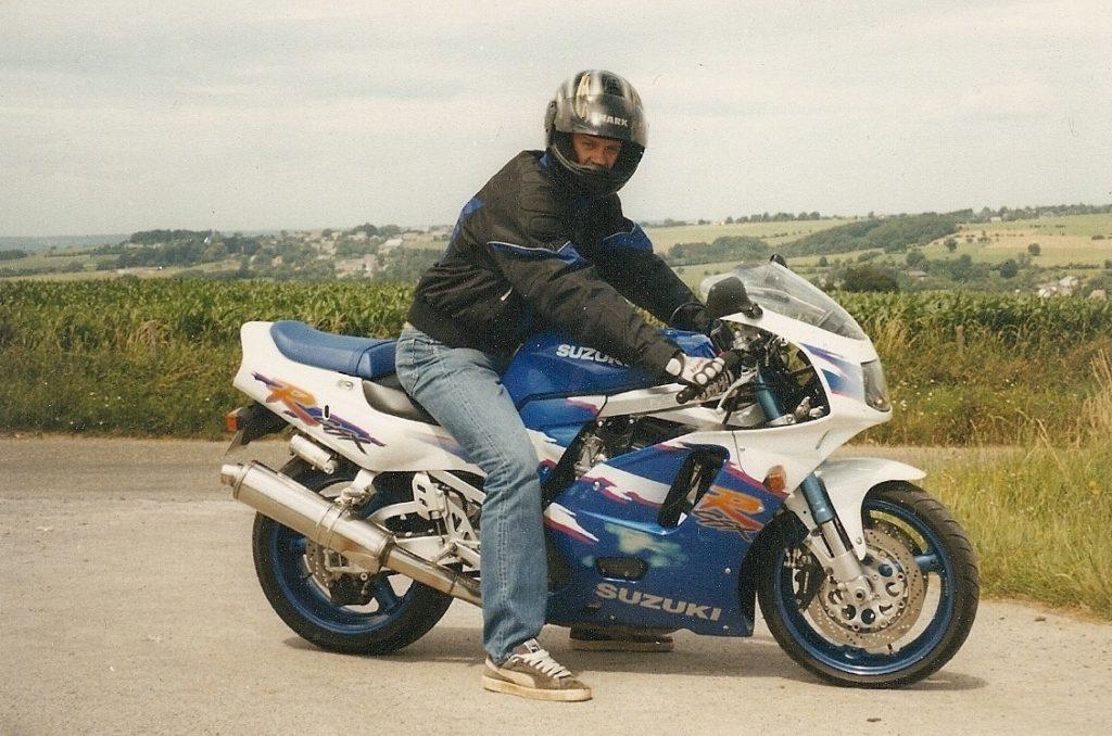 Steven Deschuyteneer Die lieve ogen die niet genezen help me wie kan Suzuki GSX-R-750