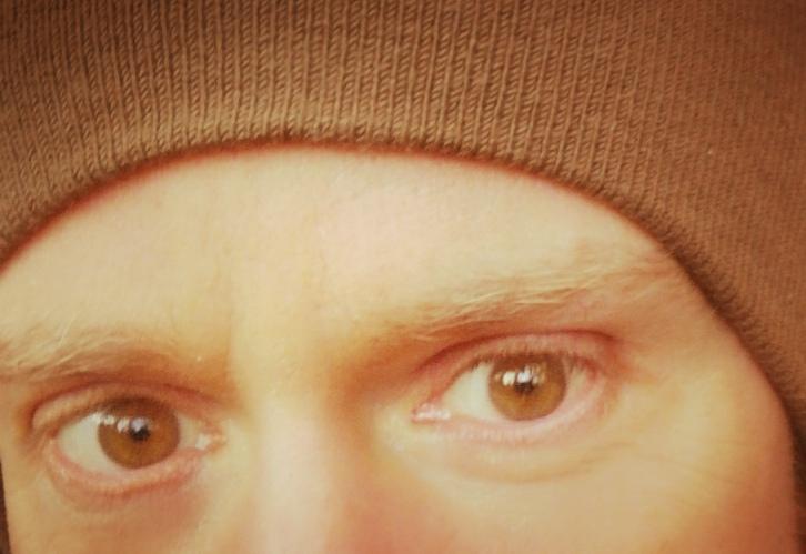 Steven Deschuyteneer Die lieve ogen die niet genezen help me wie kan ogen