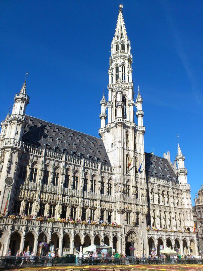 Steven Deschuyteneer Hoeveel lijden van levende wezens brengt een dagje shopping Brussel
