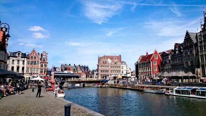 Steven Deschuyteneer Hoeveel lijden van levende wezens brengt een dagje shopping Gent