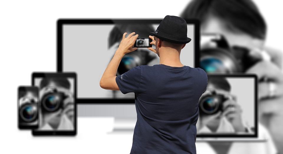 Steven Deschuyteneer Top 5 van gevaarlijke afleidingen van de 21e eeuw schermen