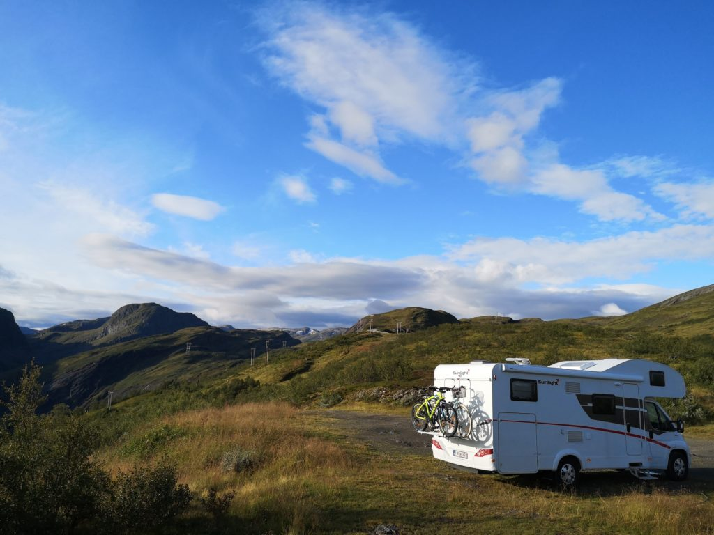 Steven Deschuyteneer Motorhome Mobile Home ervaring Denemarken Zweden Noorwegen Into The Wild