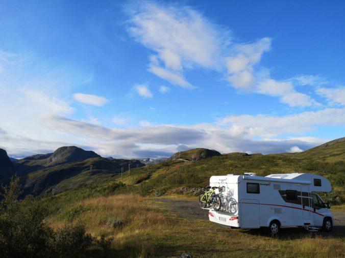 Steven Deschuyteneer Motorhome Mobile Home ervaring Denemarken Zweden Noorwegen Into The Wild