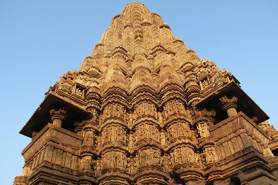 Steven Deschuyteneer Hoe ga je van seks naar superbewustzijn Khajuraho tempel