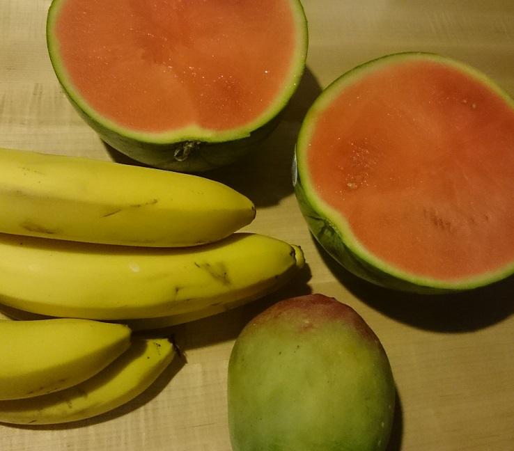 Steven Deschuyteneer Wat buitenshuis eten op reis als je niets van dierlijke oorsprong eet Fruit