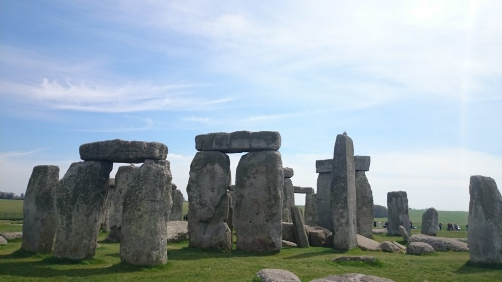Steven Deschuyteneer Waarom verlangen we naar reizen en wat doen ze met ons Stonehenge