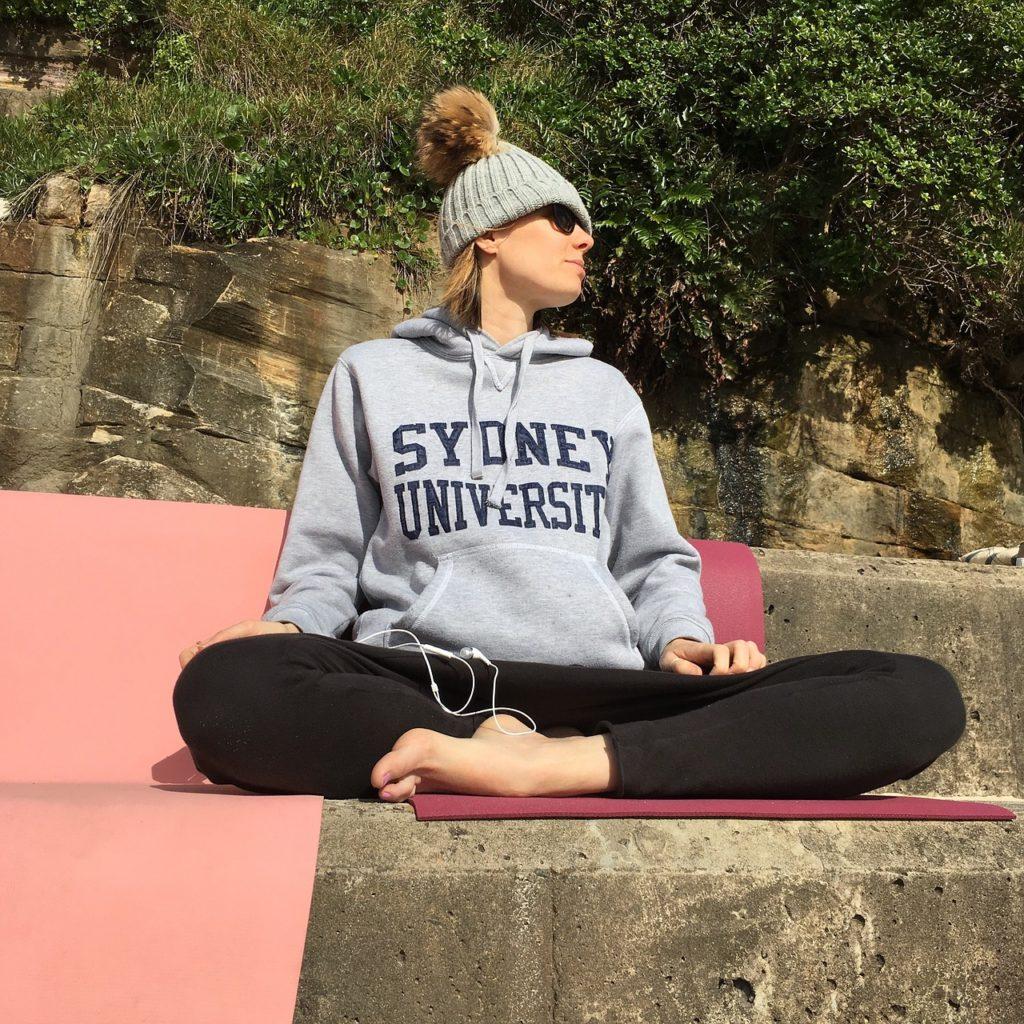 Steven Deschuyteneer Schrijf zelf eens een verhaal hier is het mijne ontwaken Elie Rose Yoga