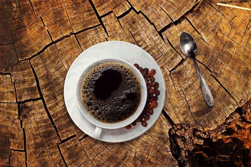 Steven Deschuyteneer Verdwaald in deze wereld koffie