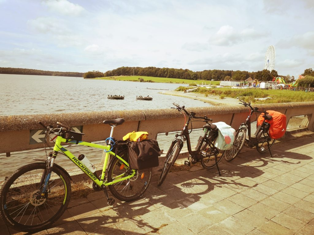Steven Deschuyteneer Fiets vakantie in Belgie hoe wat wie… fietsen Lac de l'Eau d'Heure